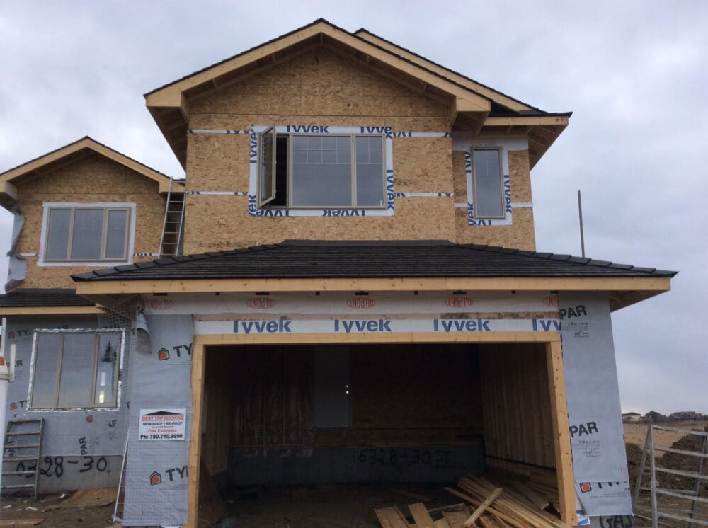 Roof installation Work in progress in Edmonton