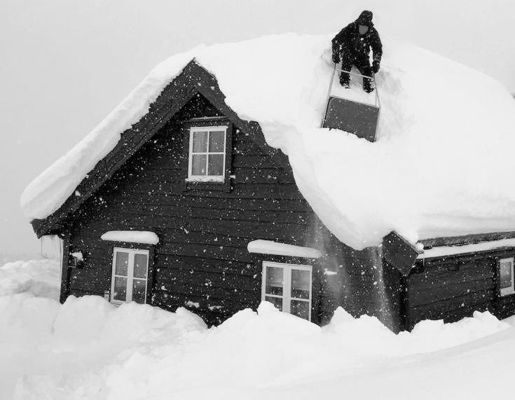 snowonroof2