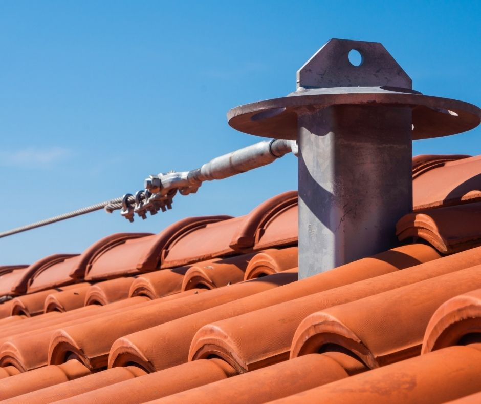 Tips to protect the roof of your house during winter