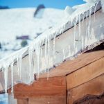 HOW CAN SNOW AND ICE AFFECT THE ROOF OF YOUR HOME
